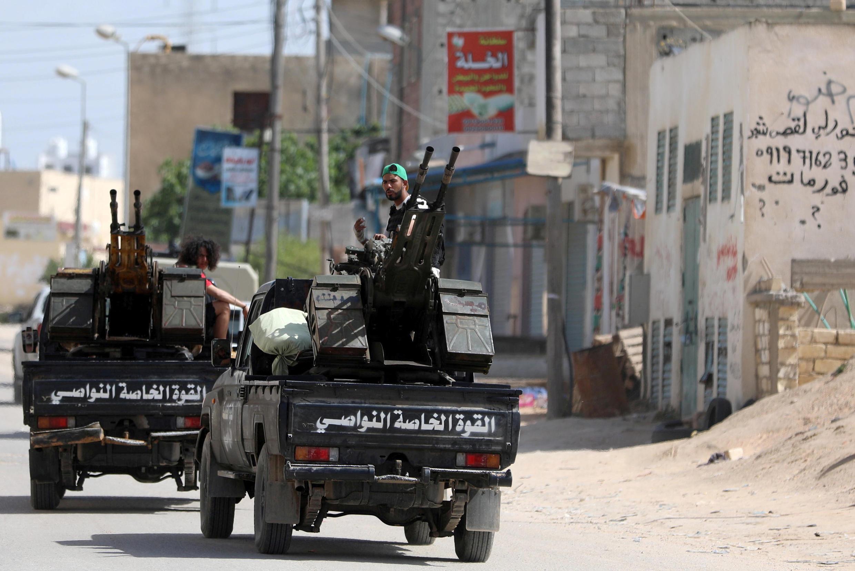Бойцы армии Правительства национального согласия в Триполи, 10 апреля 2019.
