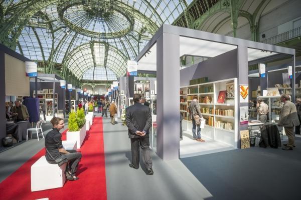Una vista del Salón de Libros raros, en el Grand Palais de París.