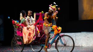 «Chandâla, l'impur», une création du Théâtre Indianostrum (Pondichéry) aux Francophonies en Limousin. Mise en scène par Koumarane Valavane.
