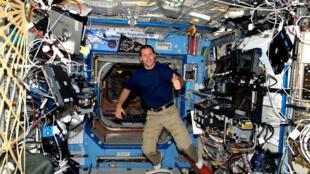El astronauta francés Thomas Pesquet en la Estación Espacial Internacional, 23 de noviembre 2016.