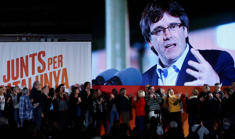 Aliekua rais wa Catalonia Carles Puigdemont ametangaza nia yake ya kubaki Ubelgiji.