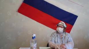 2020-06-25T094157Z_1225304370_RC29GH9PF883_RTRMADP_3_RUSSIA-PUTIN-VOTE
