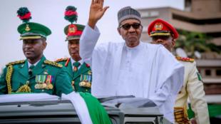 Shugaban Najeriya Muhammadu Buhari, a bukin ranar dimokradiyar