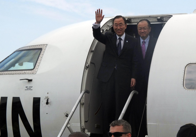 Katibu mkuu wa Umoja wa Mataifa, Ban Ki-moon, akiwasili katika mji mkuu wa Sudani Kusini, Juba.