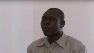 Capture d'écran d'une interview de Laoukein Médard en qualité de maire de Moundoun à la télévision nationale  tchadienne ONRTV, en septembre 2014.