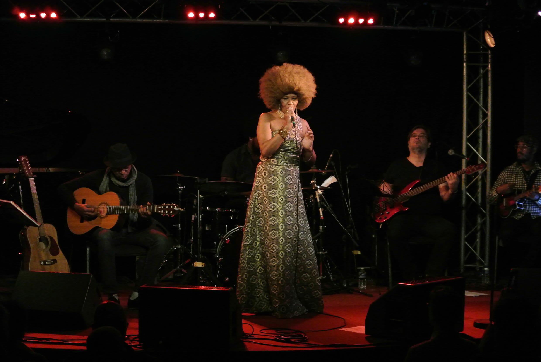 """Fantcha  em concerto no  New Morning de Paris, durante a apresentação do seu álbum  """"Nos Caminhada"""".03 de Março de 2018"""