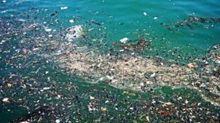 «Si on ne fait rien, en 2050, il y aura davantage de plastiques dans les océans que de poissons», avait averti la Commission européenne.