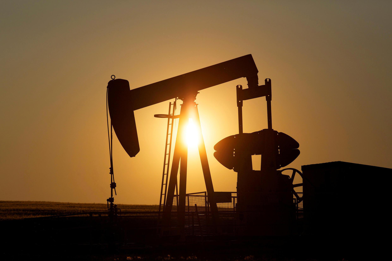 Ảnh minh họa: Một dàn khoan dầu hỏa ở Calgary, Alberta, Canada, ngày 21/07/2014