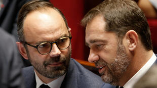 French Prime Minister Edouard Philippe (L) and government spokesperson Christophe Castaner (R) during a Parliament session in July. The Parliament adopted a political ethics law by a large majority.