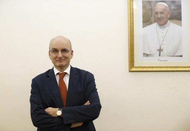 Chủ tịch ngân hàng Vatican IOR, ông Ernst von Freyberg (Reuters)