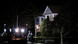 Дом хасидского раввина в Монси (штат Нью-Йорк), где вечером 28 декабря произошел теракт