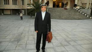 علی جنتی- وزیر ارشاد دولت حسن روحانی مدعی است که در ایران سانسور وجود ندارد