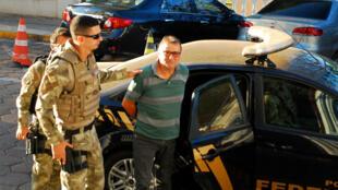 O ex-militante da extrema-esquerda Cesare Battisti foi preso na fronteira do Brasil com a Bolívia em 4 de outubro.
