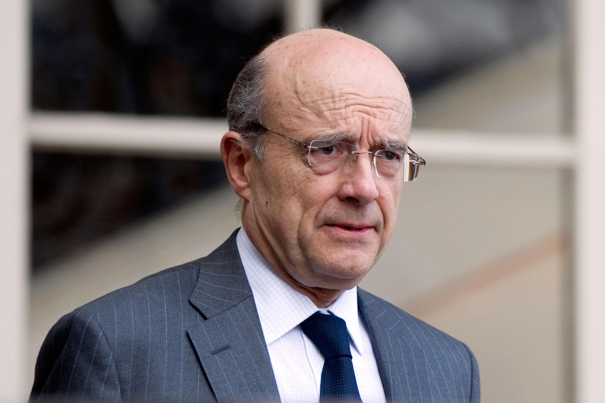 Si elle avait lieu aujourd'hui, Alain Juppé battrait largement Nicolas Sarkozy dans une primaire en vue de l'élection présidentielle de 2017, selon un sondage Odoxa pour Le Parisien daté du 24 mai 2015.