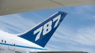 Le nouvel avion de Boeing, le 787 Dreamliner, a été présenté au salon international aéronautique de Farnborough le 19 juillet 2010.