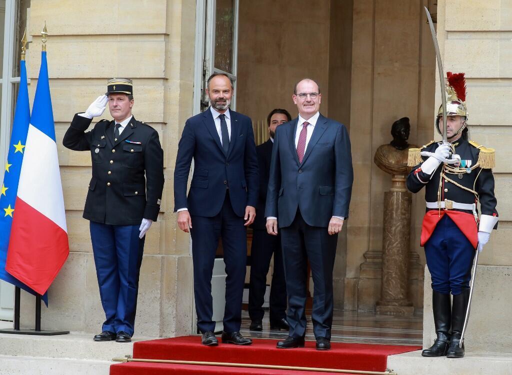 Tsohon Fira Ministan Faransa Édouard Philippe tare da sabon Fira Minista Jean Castex. 3/7/2020