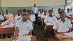 Students of Nelson Mandela Lycée in Gabon's capital, Libreville, on 3 February 2020.