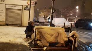 Le Samu social de Paris porte assistance à des sans abris (Image d'illustration).