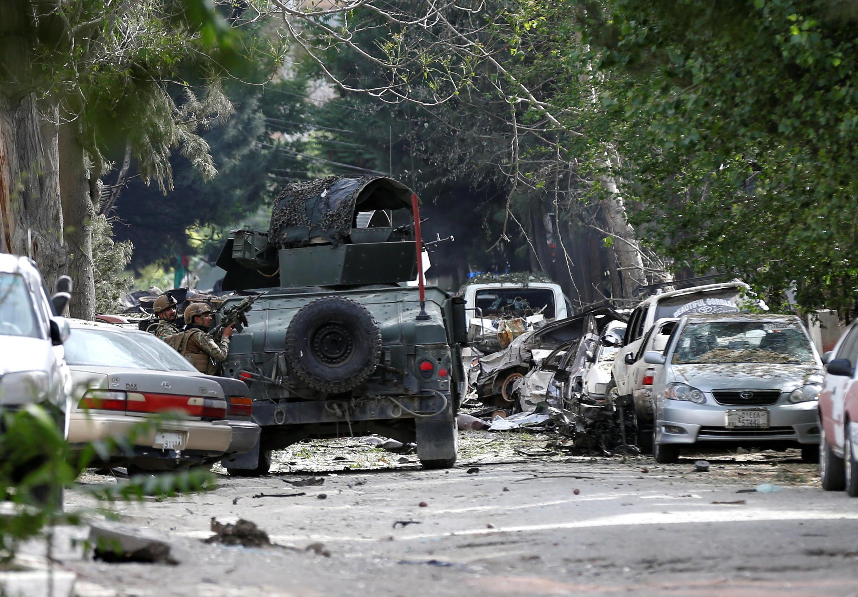 """درپی حمله امروز چهارشنبه ۱۸ ثور/ ۸ مه طالبان، انفجاری در پشت دادستانی کل و مقابل در ورودی یک نهاد آمریکایی غیرانتفاعی به نام """"کونتر پارت"""" رخ داد."""
