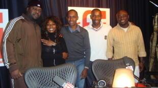 Calbo, Kaynzaa, Claudy Siar, Passi et Philippe, le guitariste de Kaynzaa