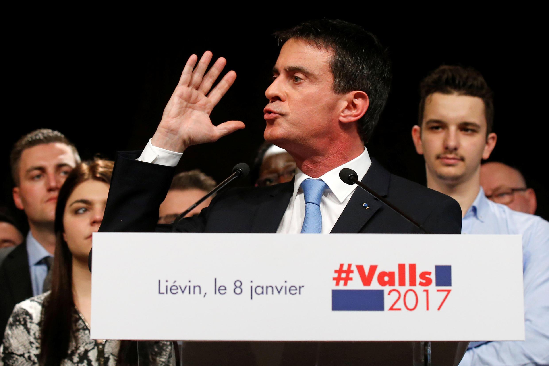Еще в январе 2017 года Манюэль Вальс видел себя претендентом на Елисейский дворец, а сейчас вынужден присоединяться к фракции президента Макрона