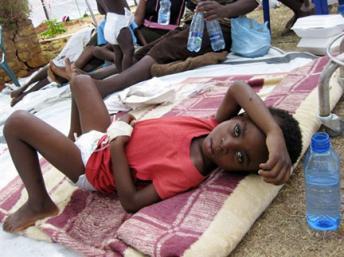 Criança de quatro anos vítima de cólera.