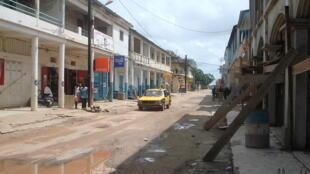 Rue de Ziguinchor, Sénégal.