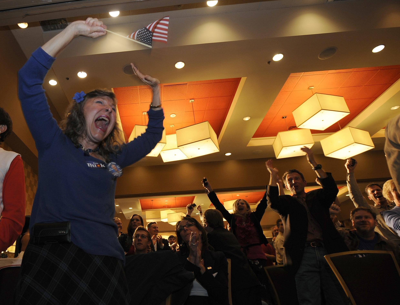 Militantes republicanos comemoram vitória no estado do Colorado.