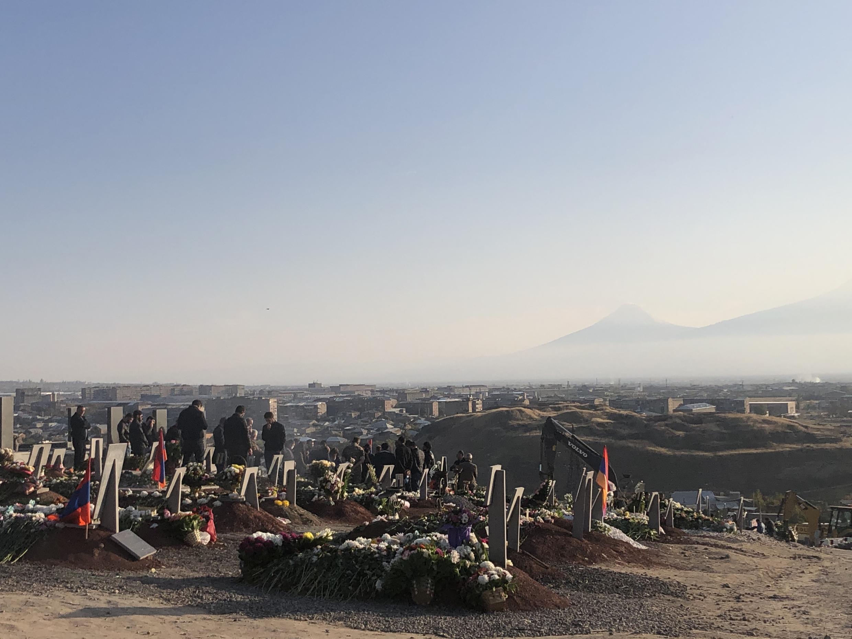 Военное кладбище Ераблур. Ереван, Армения. 9 ноября 2020 г.