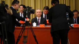 刘鹤是习近平的亲信,1月底赴华盛顿谈判任务艰巨