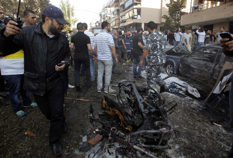 A embaixada do Irã em Beirute foi alvo nesta terça-feira de dois atentados reivindicados por um grupo jihadista que deixaram ao menos 23 mortos e quase 150 feridos.
