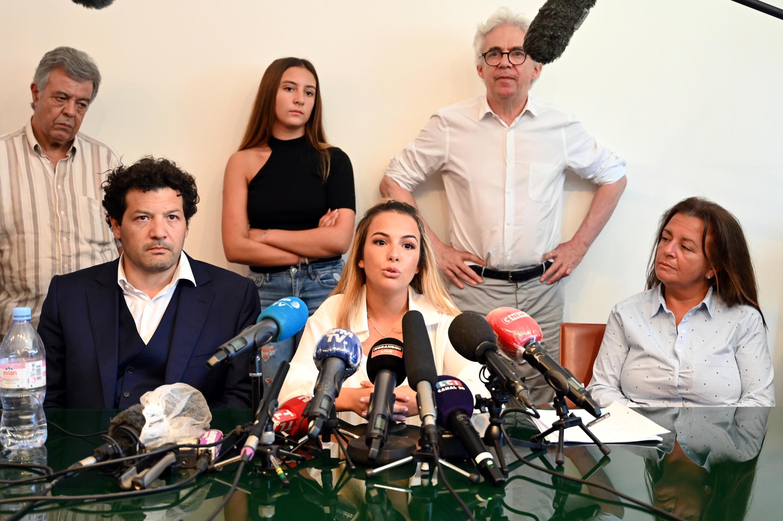 Sofia Chouviat  filha  de Cédric Chouviat em  23 Junho de  2020
