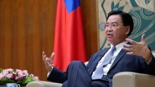 Ngoại trưởng Đài Loan Ngô Chiêu Tiếp (Joseph Wu) trong một cuộc trả lời phỏng vấn tại Đài Bắc, ngày 06/11/2019