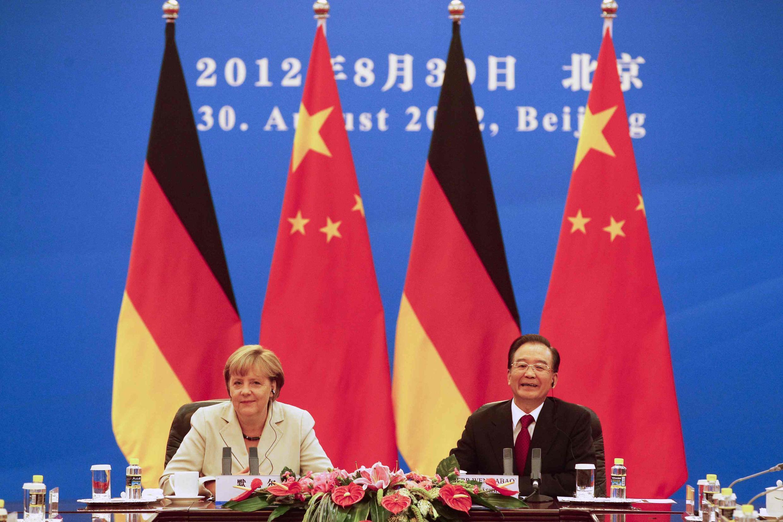 Angela Merkel e Wen Jiabao, nesta quinta-feira, 30 de agosto de 2012.