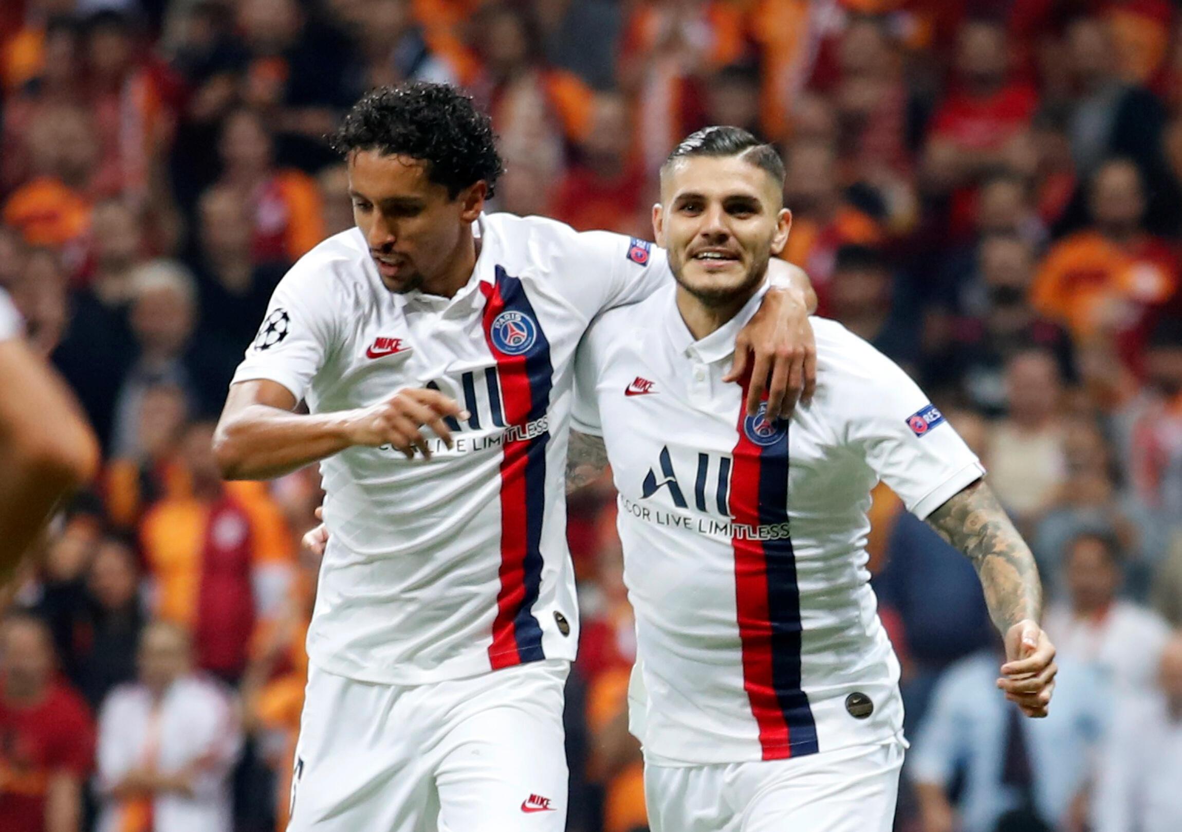O brasileiro Marquinhos e o argentino Mauro Icardi (à direita) do PSG face ao Galatasaray.