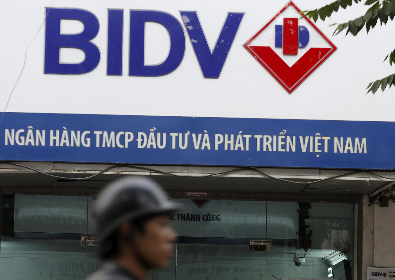 Ảnh minh họa: Một chi nhánh của ngân hàng BIDV tại Hà Nội, 08/01/2016.