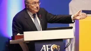 Presidente da FIFA, Joseph Blatter, discurso no 24° Congresso da Federação Asiática de Futebol, no dia 6 de janeiro em Doha.