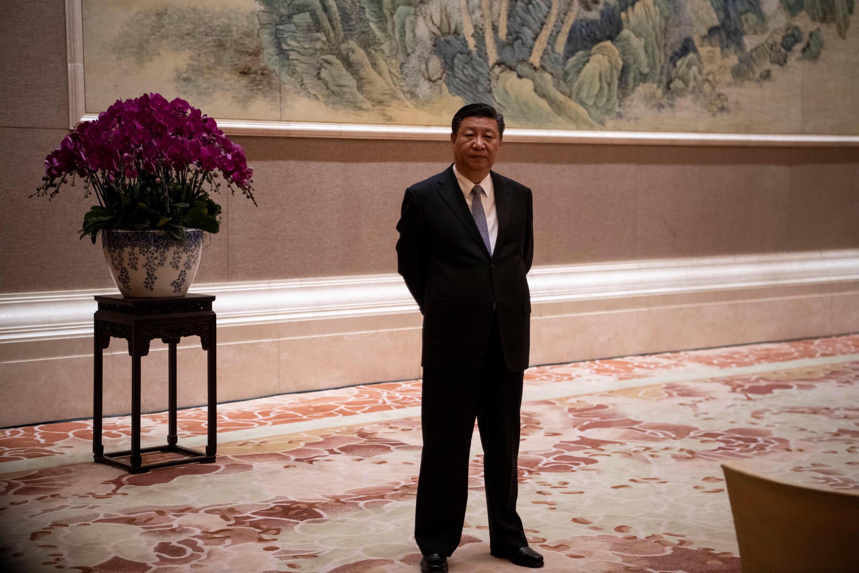 6月21日,中國國家主席習近平在釣魚台國賓館等待來賓。