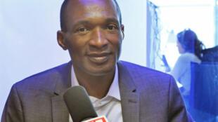 Michel Thierry Atangana au micro de RFI.