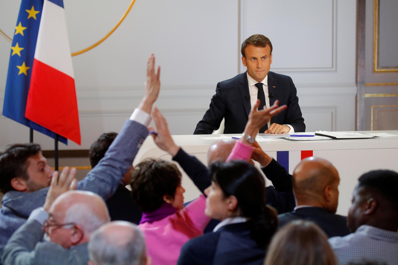 O Presidente francês Emmanuel Macron responde às  perguntas dos jornalistas no  Palácio do Eliseu. Paris. 25 de Abril de 2019