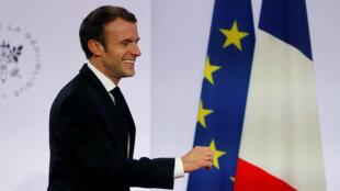 Le président Emmanuel Macron a annoncé vendredi que la France allait restituer «sans tarder» des oeuvres d'art réclamées par le Bénin.