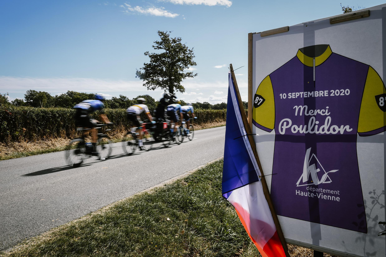 Tour de France Hommage à Raymond Poulidor sur le parcours étape 12