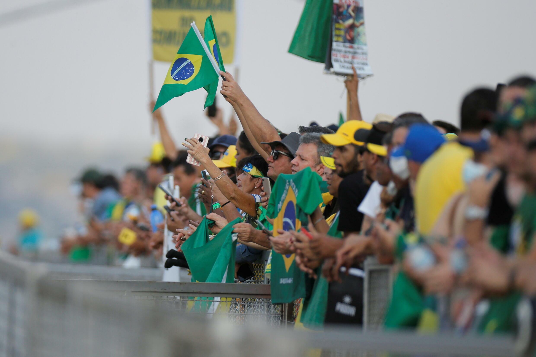 2021-09-06T211826Z_204409445_RC2GKP913X4R_RTRMADP_3_BRAZIL-POLITICS