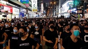 Tuổi trẻ Hồng Kông xuống đường tại khu phố du lịch Vượng Giác (Mongkok) phản đối dự luật dẫn độ, ngày 07/07/2019.