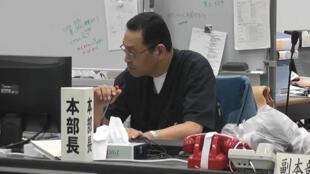Masao Yoshida lors d'une réunion, le 30 mai 2011. Le directeur de la centrale de Fukushima était sur le site de la catastrophe jour et nuit, depuis le 11 mars.