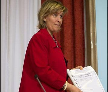 Maria Luís Albuquerque, ministra das Finanças de Portugal.