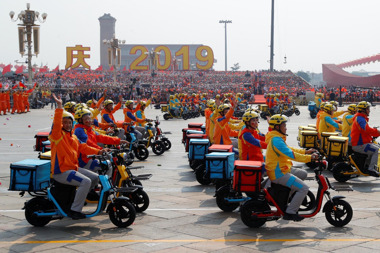 Xe máy điện do Trung Quốc sản xuất tham gia lễ diễu binh ngày Quốc khánh 01/10/2019, Bắc Kinh.