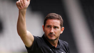 Frank Lampard's first game as a manager ended in a victory at Reading.