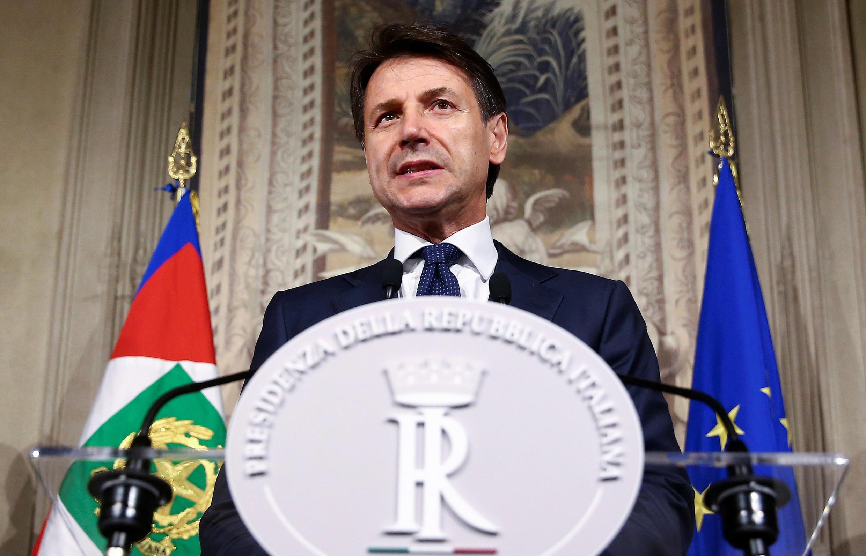 Tout juste désigné Premier ministre, Giuseppe Conte s'adresse aux médias le 31 mai 2018 à Rome.