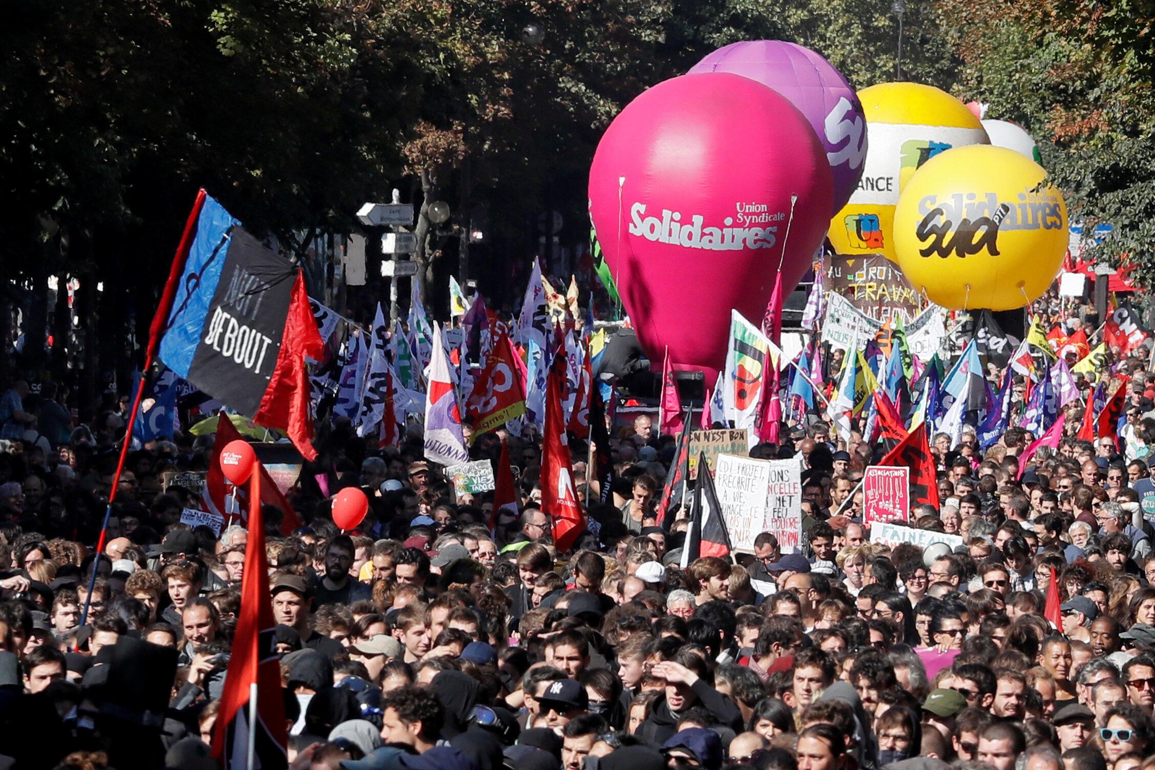 گوشه ای از تظاهرات روز پنجشنبه 21 سپتامبر 2017 در پاریس.